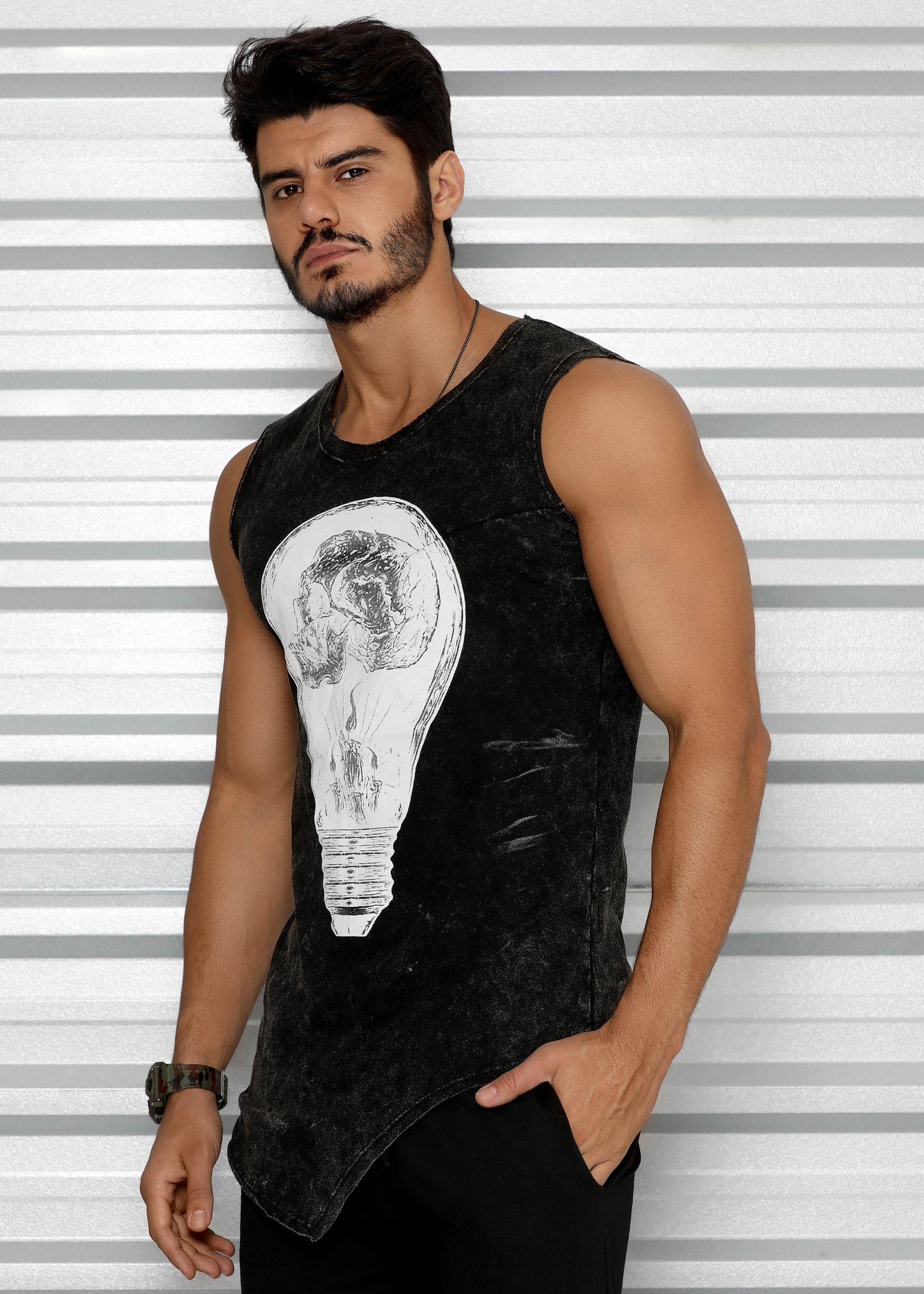 Regata Masculina Estonada com Recorte Lateral - Light Bulb - Donna Carioca  - Moda fitness com preço de fábrica 49ecf550a4f