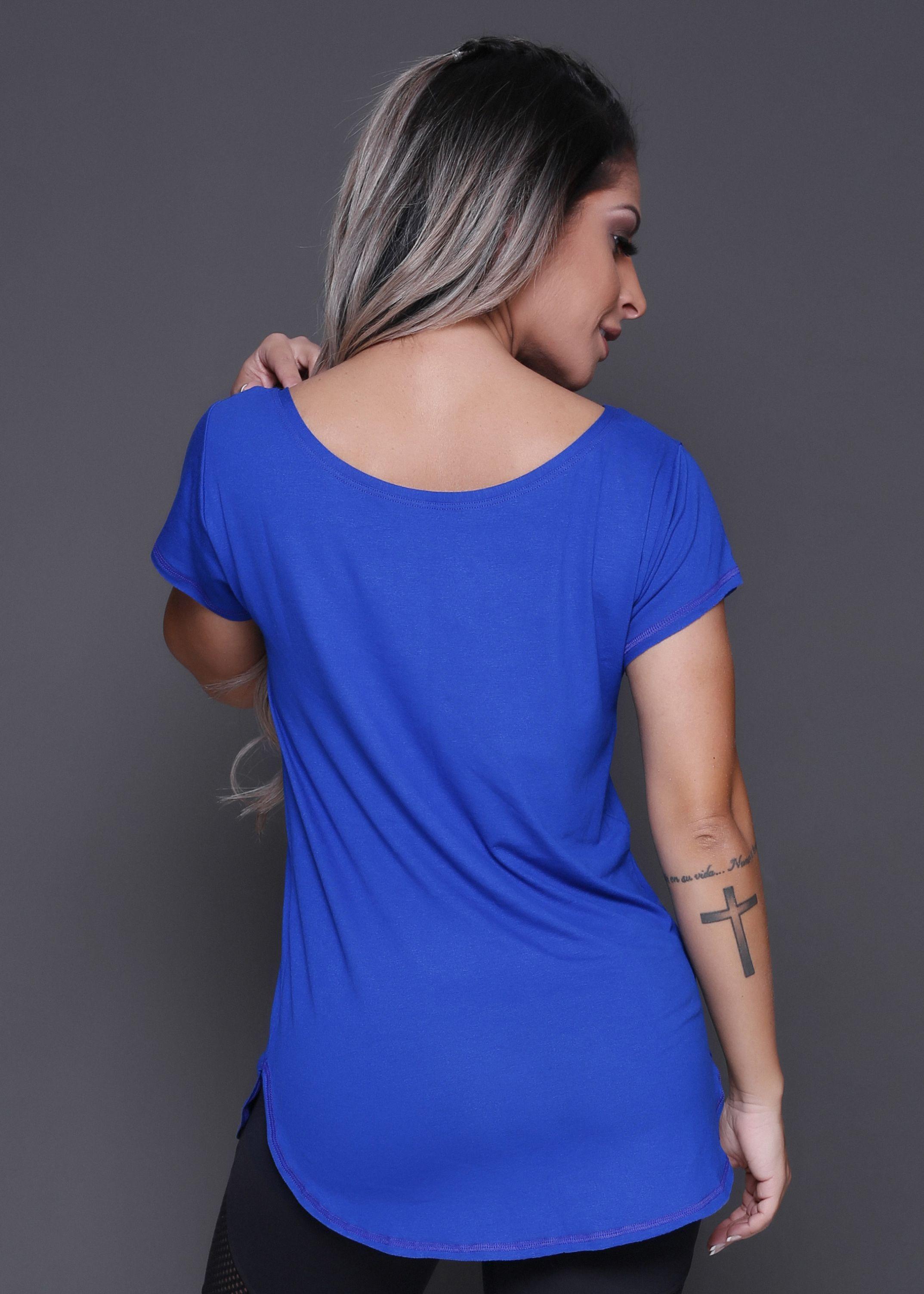 ... Moda Fitness · Camiseta   Regata  Camiseta Moving Now. 94% vistcose. 6%  elastano. 1 bc91562c1ed